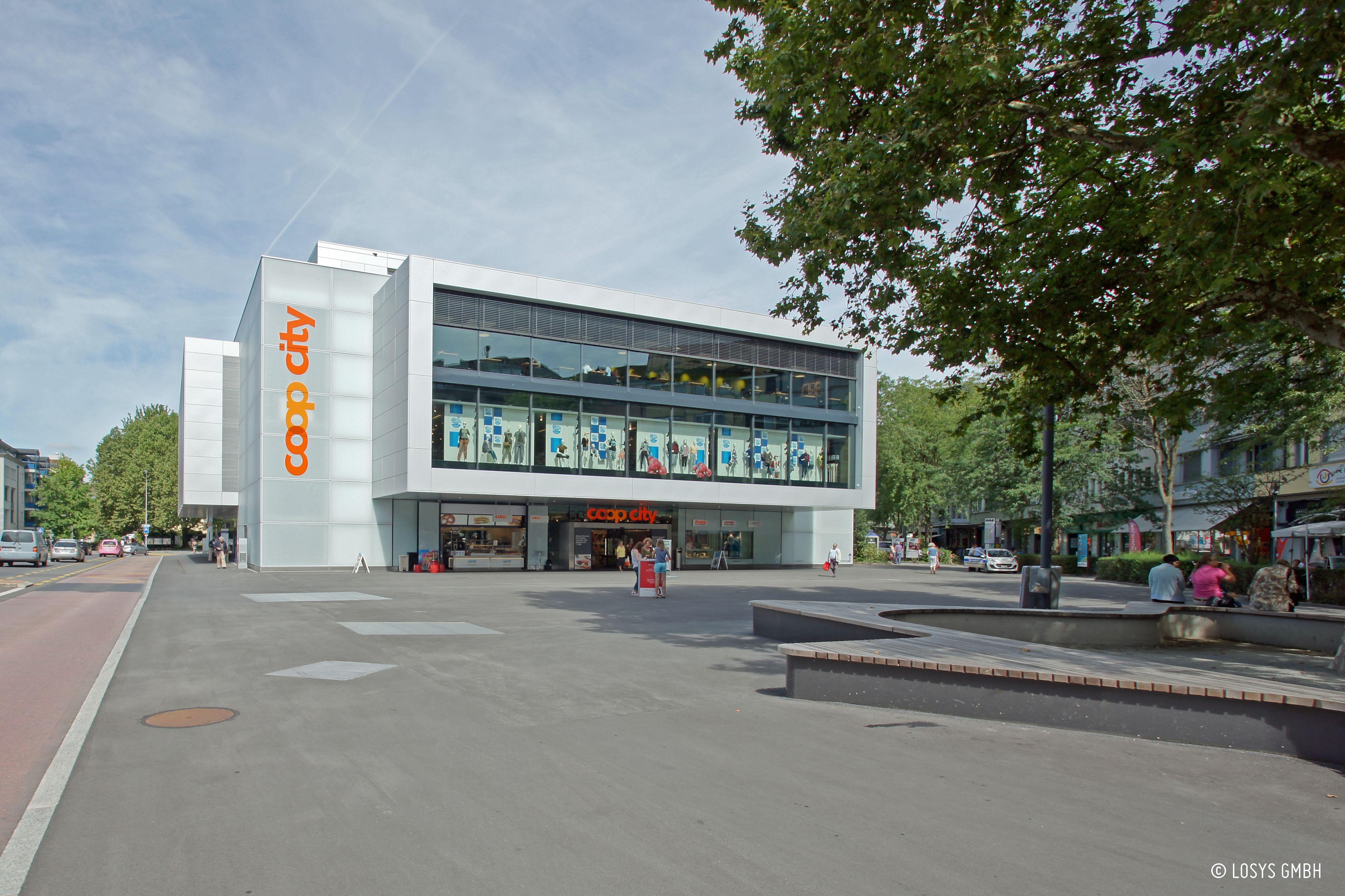 Coop City (Warenhaus mit Wohnungen)